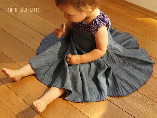 Schnittmuster Elodie von collie-collie.com als Papierschnitt, e-book für Mädchen in Kategorie Kleid (86–152)