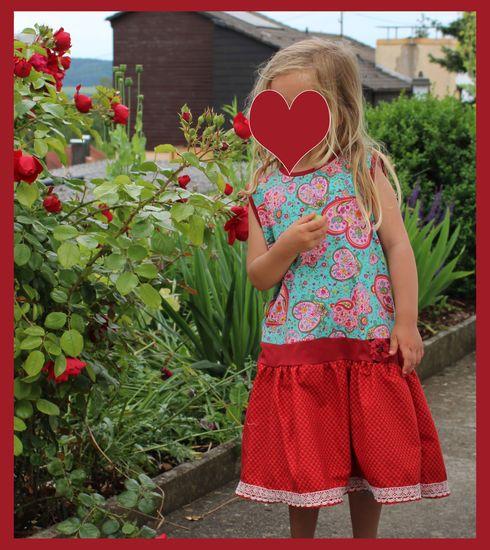 Kostenloses Schnittmuster Quickly von nemada als e-book für Mädchen, Babies in Kategorie Kleid (74–140)