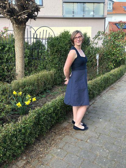 Produktfoto für Schnittmuster High-Waist-Rock/Kleid Lucie von Bunte Nähigkeiten