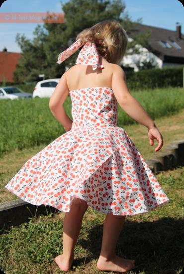 Foto zu Schnittmuster Petticoat-Kleid von SchNÄHwittchen