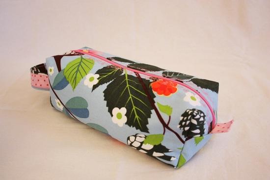 Foto zu Schnittmuster Tasche für Strickzeug oder Kosmetikartikel von griselda
