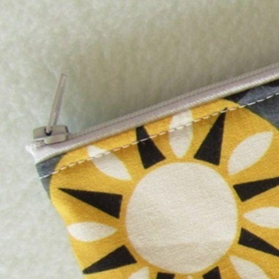 Foto zu Schnittmuster Endlosreißverschluss-Tasche von stoffbreite