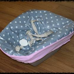 Newborn bezug wachstuch sterne grau rosa