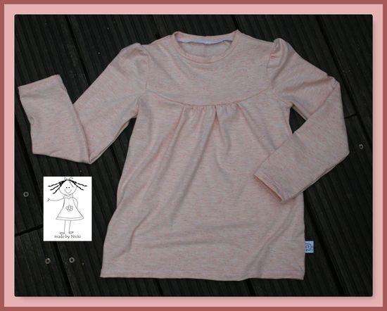 Produktfoto für Schnittmuster Girly-Shirt von KonfettiPatterns