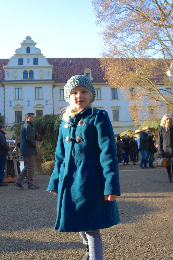 Foto zu Schnittmuster 9532 Mantel und Jacke von Burda
