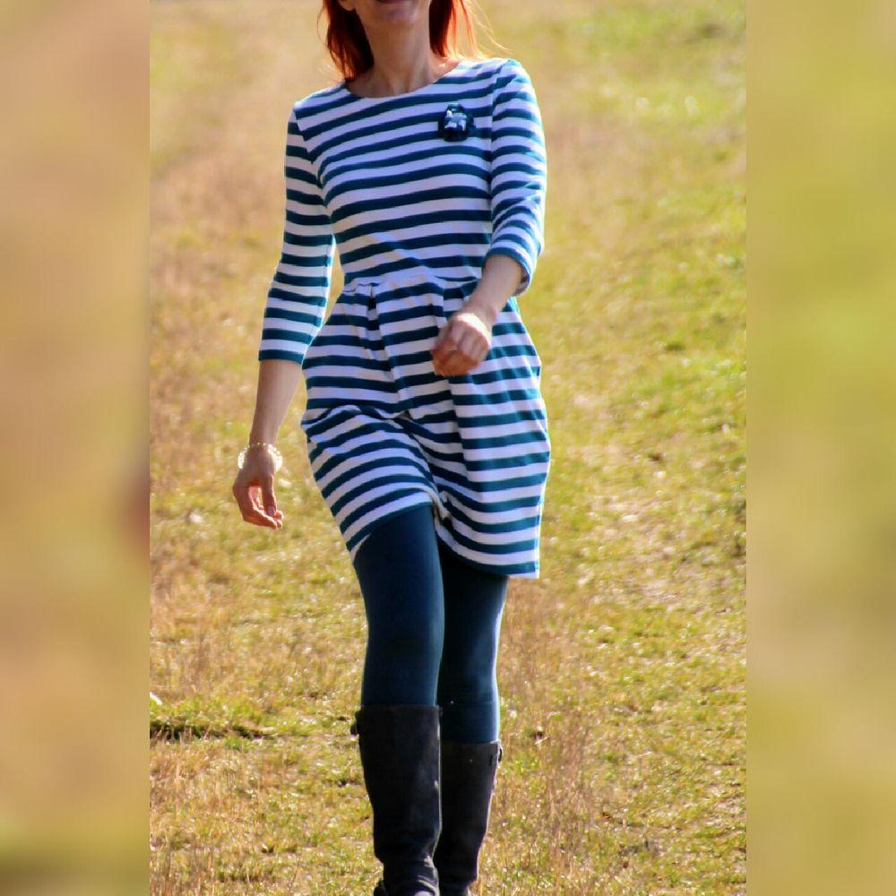 Foto zu Schnittmuster Sweatkleid Chloe von pattydoo