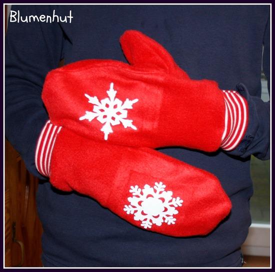 Foto zu Schnittmuster Sweet Winter Handschuhe Socken von Näähglück - by Sophie Kääriäinen