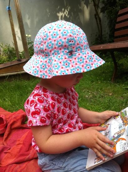 Kostenloses Schnittmuster Hut mit Krempe von Ottobre Design