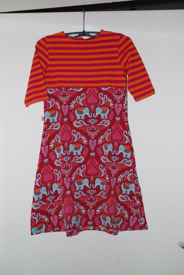 Produktfoto für Schnittmuster Lillesol basics No. 28 Jerseykleid mit Uboot-Ausschnitt von Lillesol & Pelle