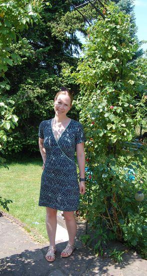 Schnittmuster Basic Raglan Wickelkleid + Shirt von ki-ba-doo