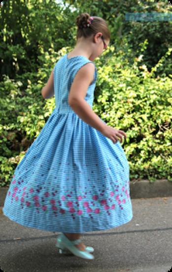 Schnittmuster 9509 Dirndl von Burda als Papierschnitt für Mädchen in den Kategorien Kleid, Oberteil (104–104)