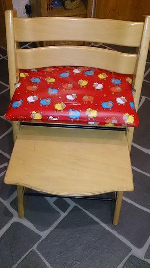 Foto zu Schnittmuster Sitzkissen und Rückenkissen für einen Kinderhochstuhl von Ruellis Welt