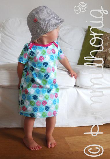 Schnittmuster Seestern - Baby-Kleid von Hummelhonig