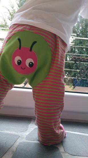Kostenloses Schnittmuster Monkey Pants von Schnabelina als e-book für Babies, Jungen, Mädchen in Kategorie Hose (56–92)