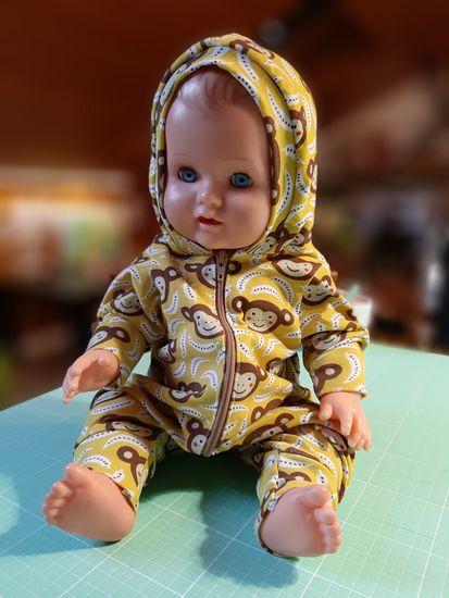 Foto zu Schnittmuster Jolly Jumper für Puppen von Lybstes