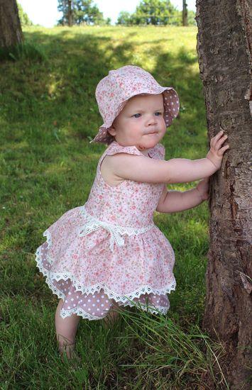 Produktfoto für Schnittmuster Sommerkleid Flower Elves von Engelinchen