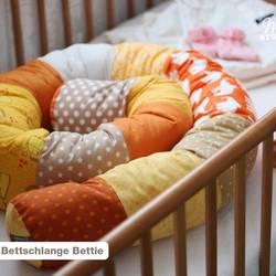 Foto zu Schnittmuster Bettschlange Bettie von ministöffchen