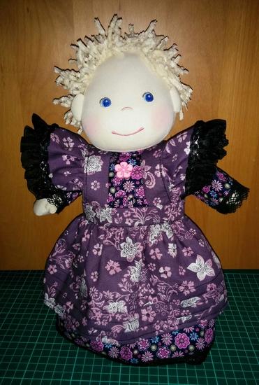 Foto zu Schnittmuster 7469 Puppenkleider von Burda