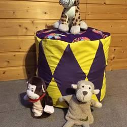 Foto zu Schnittmuster Zirkuskissen in zwei Größen von Frau Scheiner