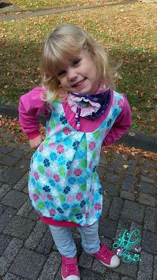 Produktfoto für Schnittmuster Mädchen-Tochterkleid BALLOON.dress von Leni Pepunkt