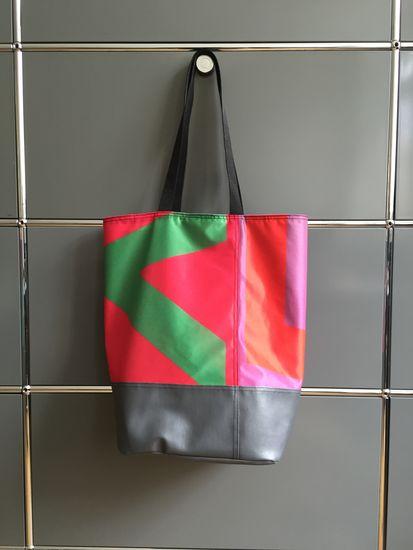 Produktfoto für Schnittmuster Shopper Lizz von B-Patterns
