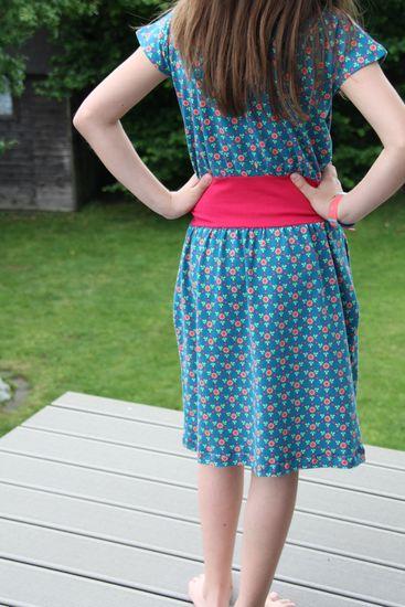 Produktfoto für Schnittmuster Lillesol basics No. 20 Sommerkleid von Lillesol & Pelle