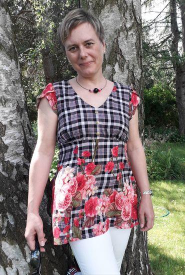 Produktfoto für Schnittmuster Bluse Petite Claudine von SchnittmusterLounge