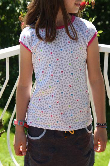 Foto zu Schnittmuster #28 Neon Stripes von Ottobre Design