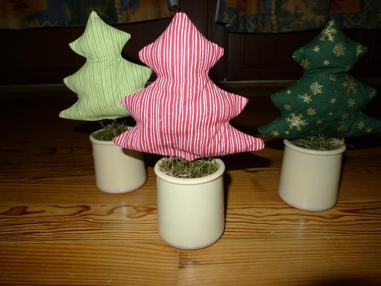 kostenloses schnittmuster weihnachtsbaum im topf von littlebee. Black Bedroom Furniture Sets. Home Design Ideas