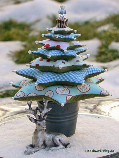 Foto zu Schnittmuster Minitannenbaum von Kitschwerk