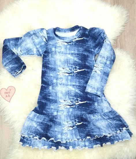 Produktfoto für Schnittmuster Kleid Rosie von Engelinchen