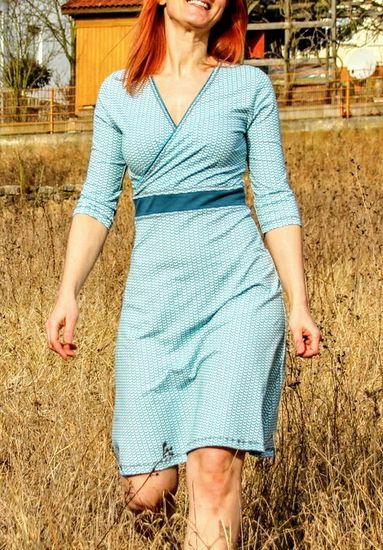 Produktfoto für Schnittmuster Basic Wickelkleid von ki-ba-doo