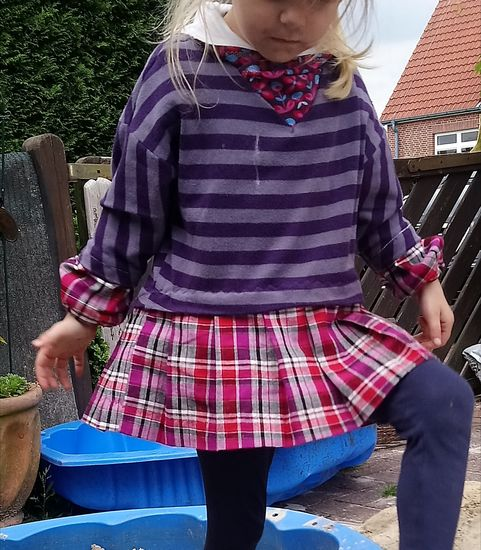 Foto zu Schnittmuster Oversize Coom girl von FeeFee