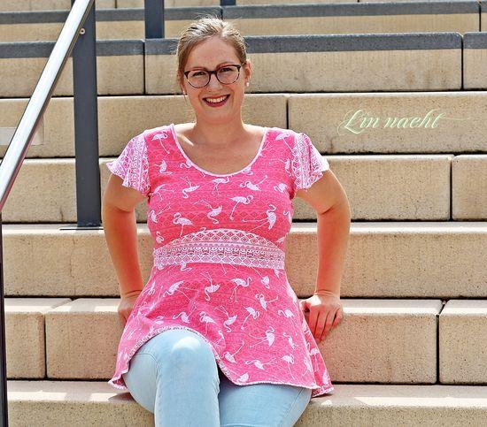 Foto zu Schnittmuster Honigsüß - Schößchenshirt & Kleid von Nähkind