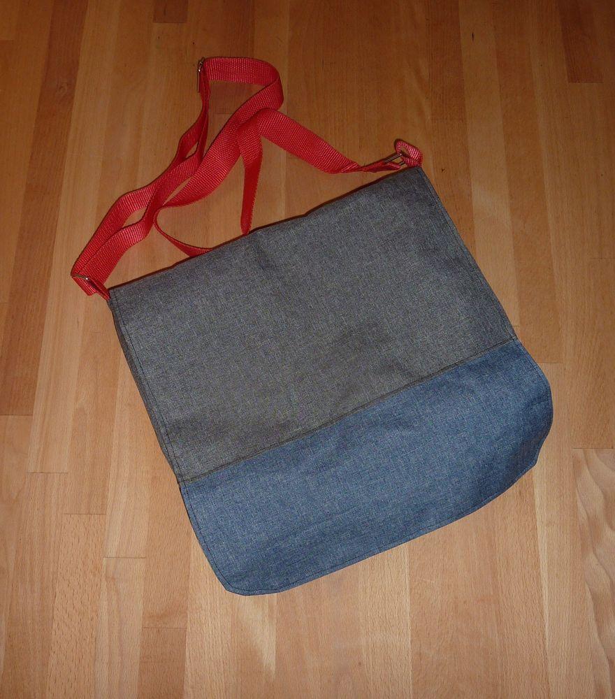 Foto zu Schnittmuster Hippie Retro-Bus-Bag von Sporty Torty Design & Sews
