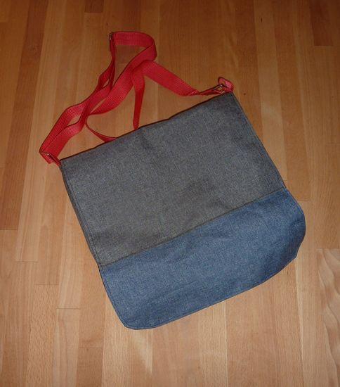 Produktfoto für Schnittmuster Hippie Retro-Bus-Bag von Sporty Torty Design & Sews