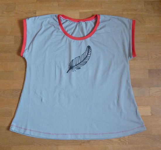 Produktfoto für Schnittmuster Muttis Kleid/Shirt von Made for Motti