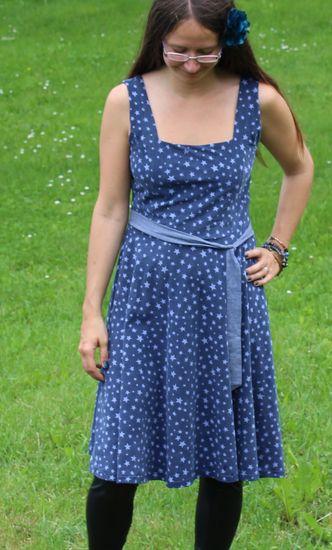 Foto zu Schnittmuster Ganzjahreskleid Frollein Matrossel von Die wilde Matrossel