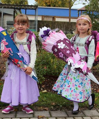 Roos Farbenmix Kleid Elodie Carmenkleid Tellerkleid Einschulung Party in Kleidung & Accessoires, Kindermode, Schuhe & Access., Mode für Mädchen. Finde .